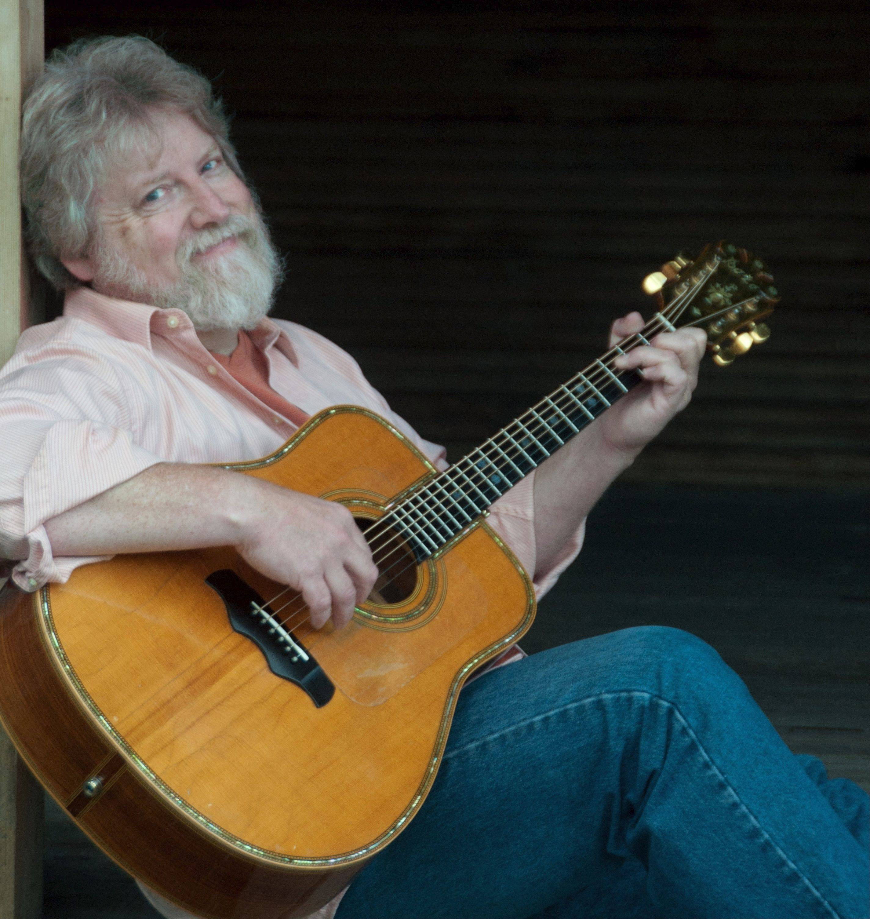 "The ""Great Lakes Balladeer"" and Kaneville resident Lee Murdock will perform at his annual Hometown Concert on Saturday, Jan. 5."