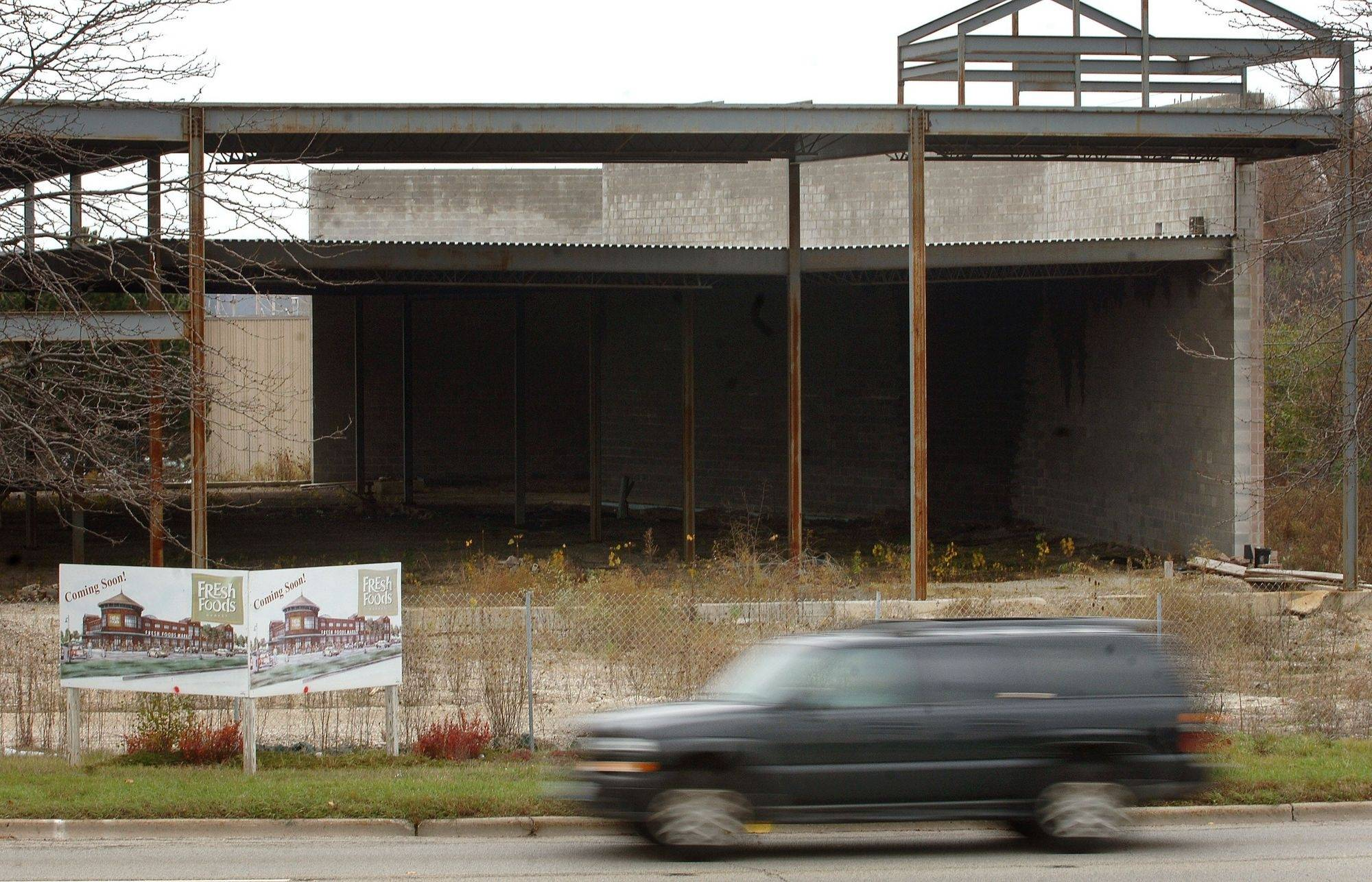 The steel structure in Libertyville, pictured here in October, was supposed to become a $10 million Fresh Foods store. Since the deal fell through, the structure is expected to be torn down.