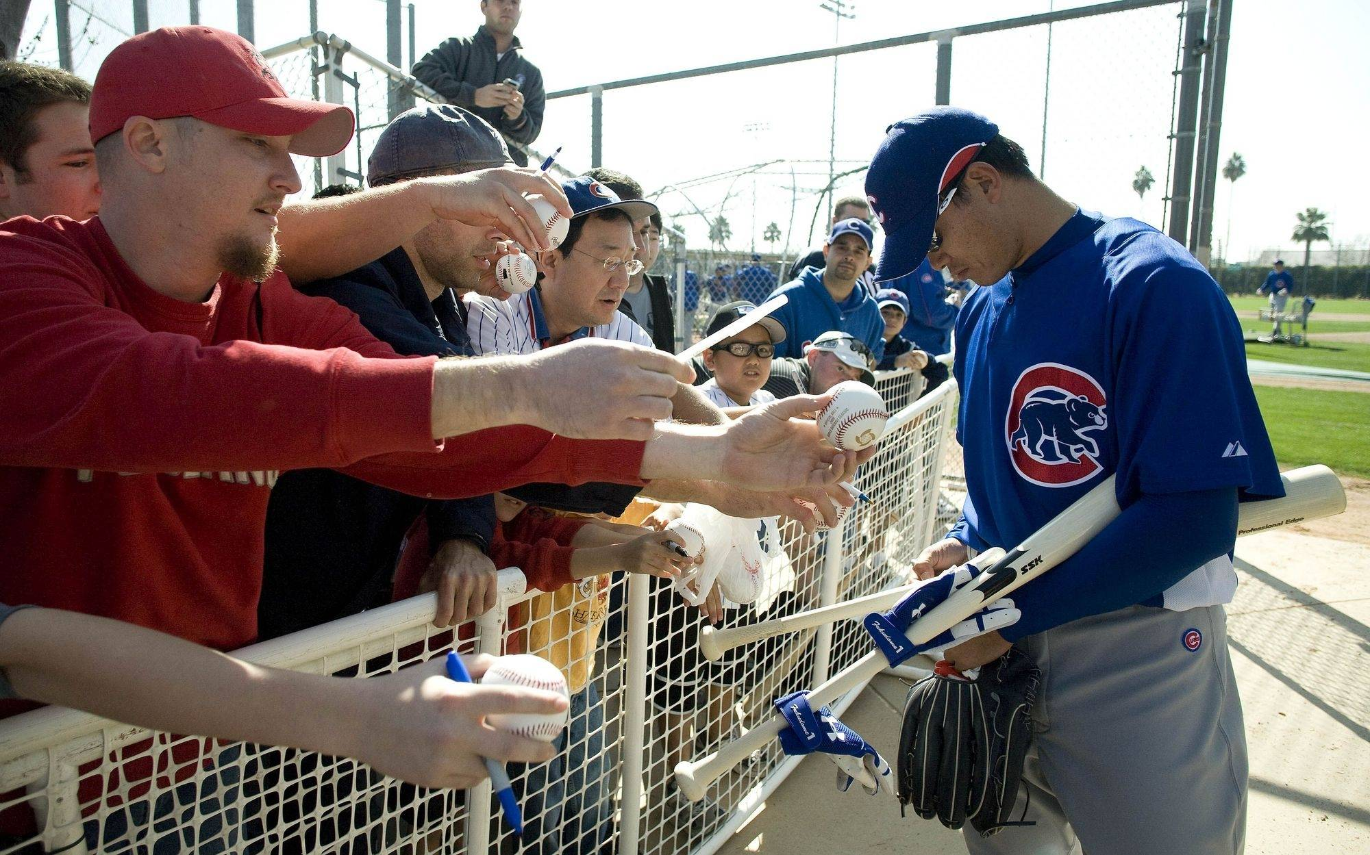 Officials in Mesa say they are prepared to approve a new stadium site on Monday to keep the Chicago Cubs in Arizona for spring training. Nothing has been finalized, but several reports say the Cubs won't be moving to Florida.