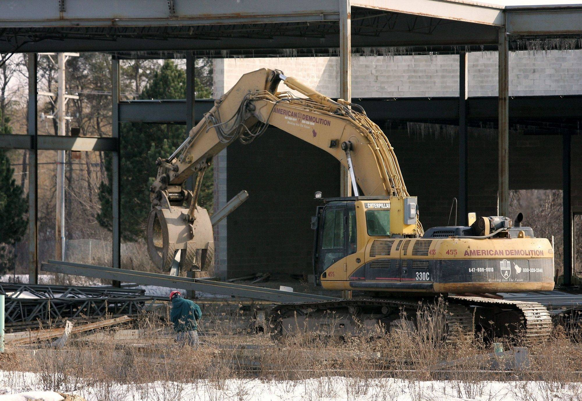 Demolition of a partially completed grocery store at 1600 South Milwaukee Ave., Libertyville began Monday, nearly three years after construction of the proposed Fresh Foods began.