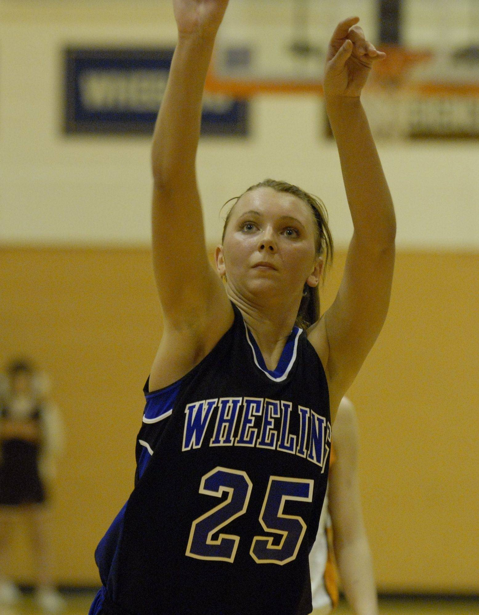 Bianca Szafarowicz and her Wheeling teammates are shooting for a third consecutive Mid-Suburban League title tonight.