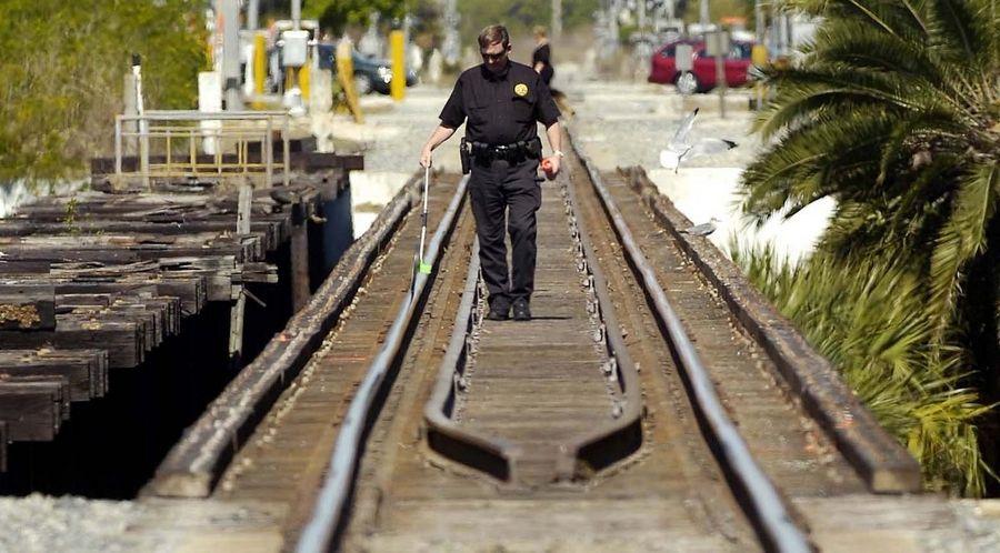 Train kills 3 teen girls crossing Florida bridge