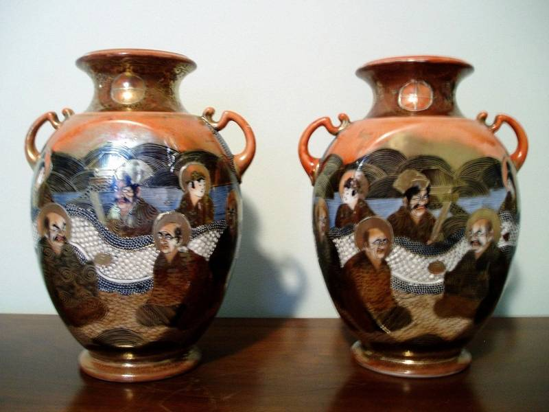 While beautiful, these Satsuma vases from the Philippines are not likely  museum quality.
