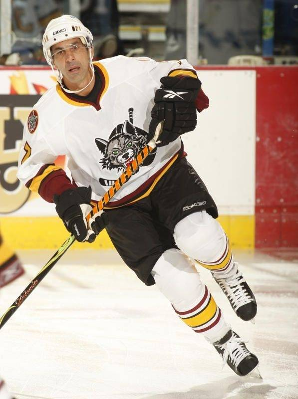 Chris Chelios of the Wolves has been called up by the Atlanta Thrashers.