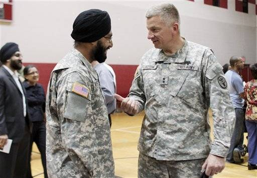 1st sikh in decades graduates army officer school - How to become an army officer after college ...