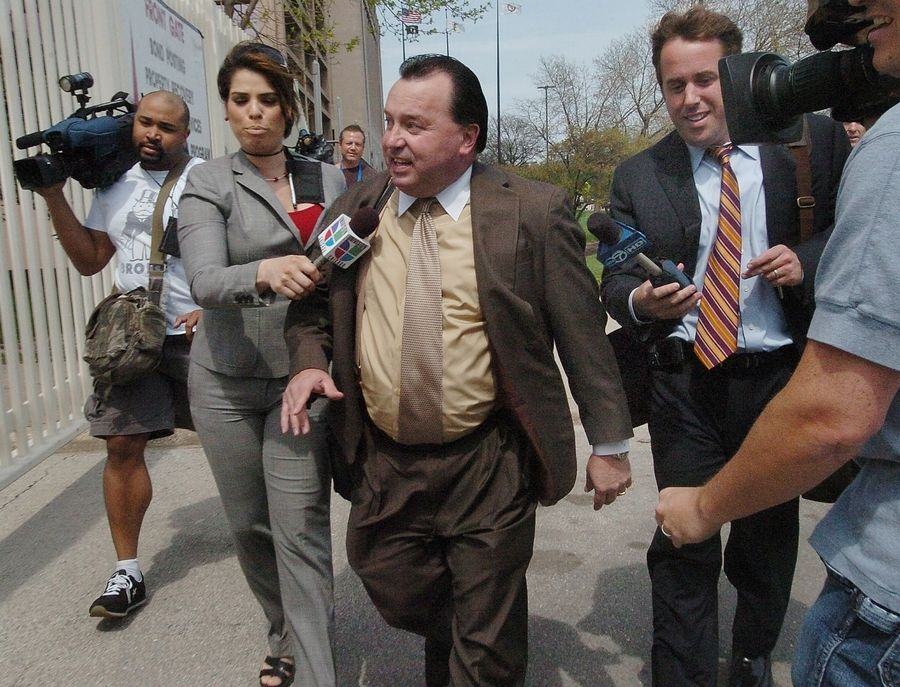 Ed Wanderling, lawyer of Streamwood police officer James Mandarino leaving the Cook County Courthouse Thursday afternoon.