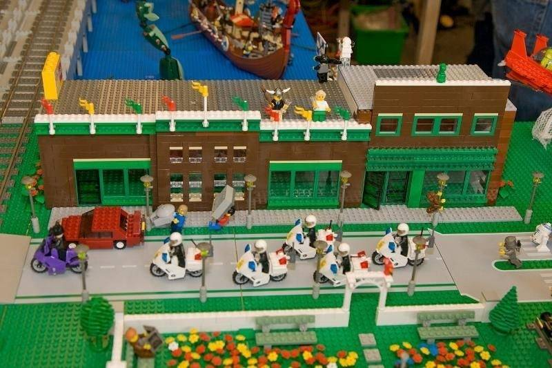 The Geneva History Center, built out of Legos, was featured at the 2009 Northern Illinois Lego Train Club Show.