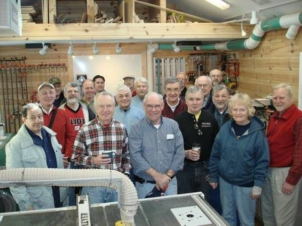 Dupage Woodworkers Stress Learning By Sharing