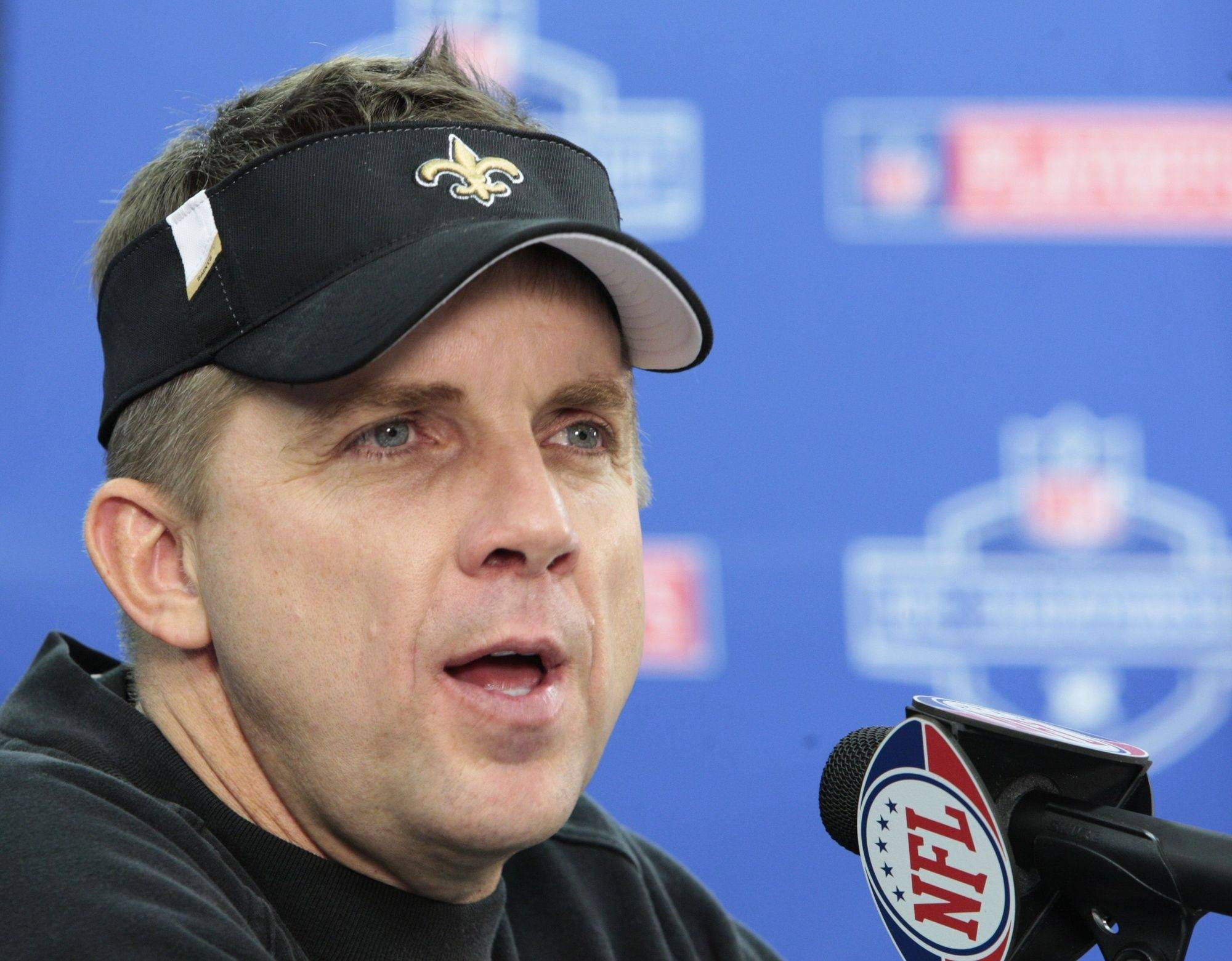 New Orleans Saints coach Sean Payton, a 1982 graduate of Naperville Central High School, has donated an item for an auction that will help the school create an outdoor Honor Garden.