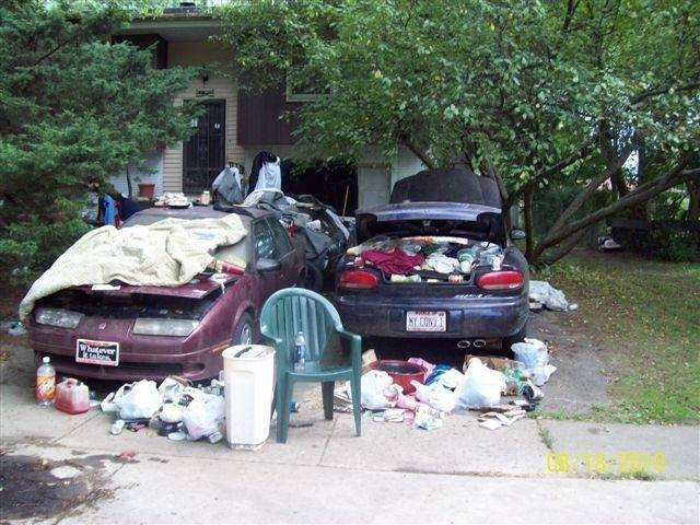 The view of John Wuerffel's Schaumburg driveway, as seen by his neighbors and passers-by this summer. He's since cleaned up the driveway.