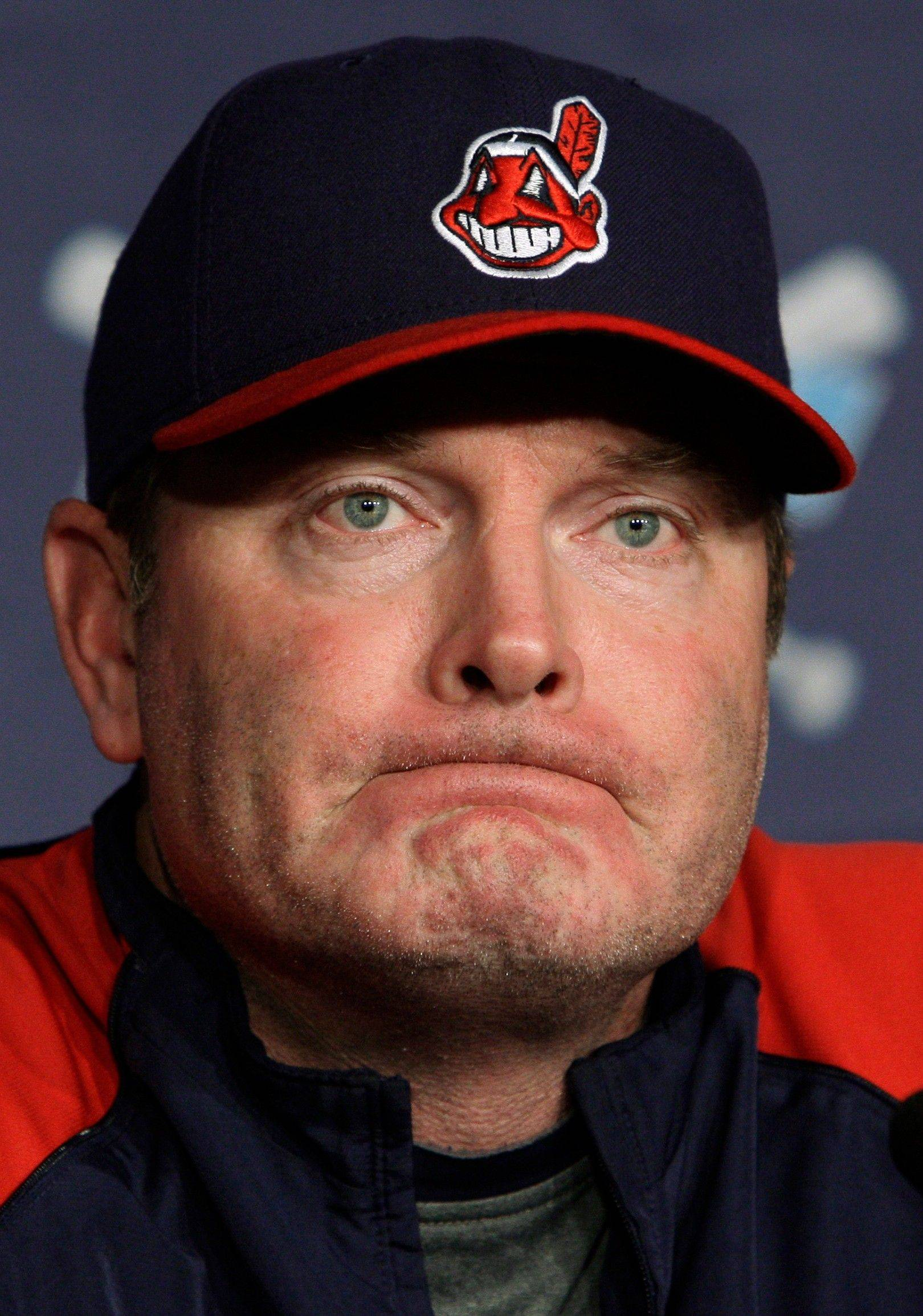 Former Cleveland Indians manager Eric Wedge has been interviewed by Cubs owner Tom Ricketts, according to sources.