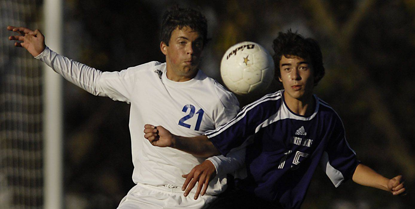 Westminster Christian's Arturo Gallego and North Shore Country Day's Maxwell Chung compete for the Class 1A regional championship Tuesday in Elgin.