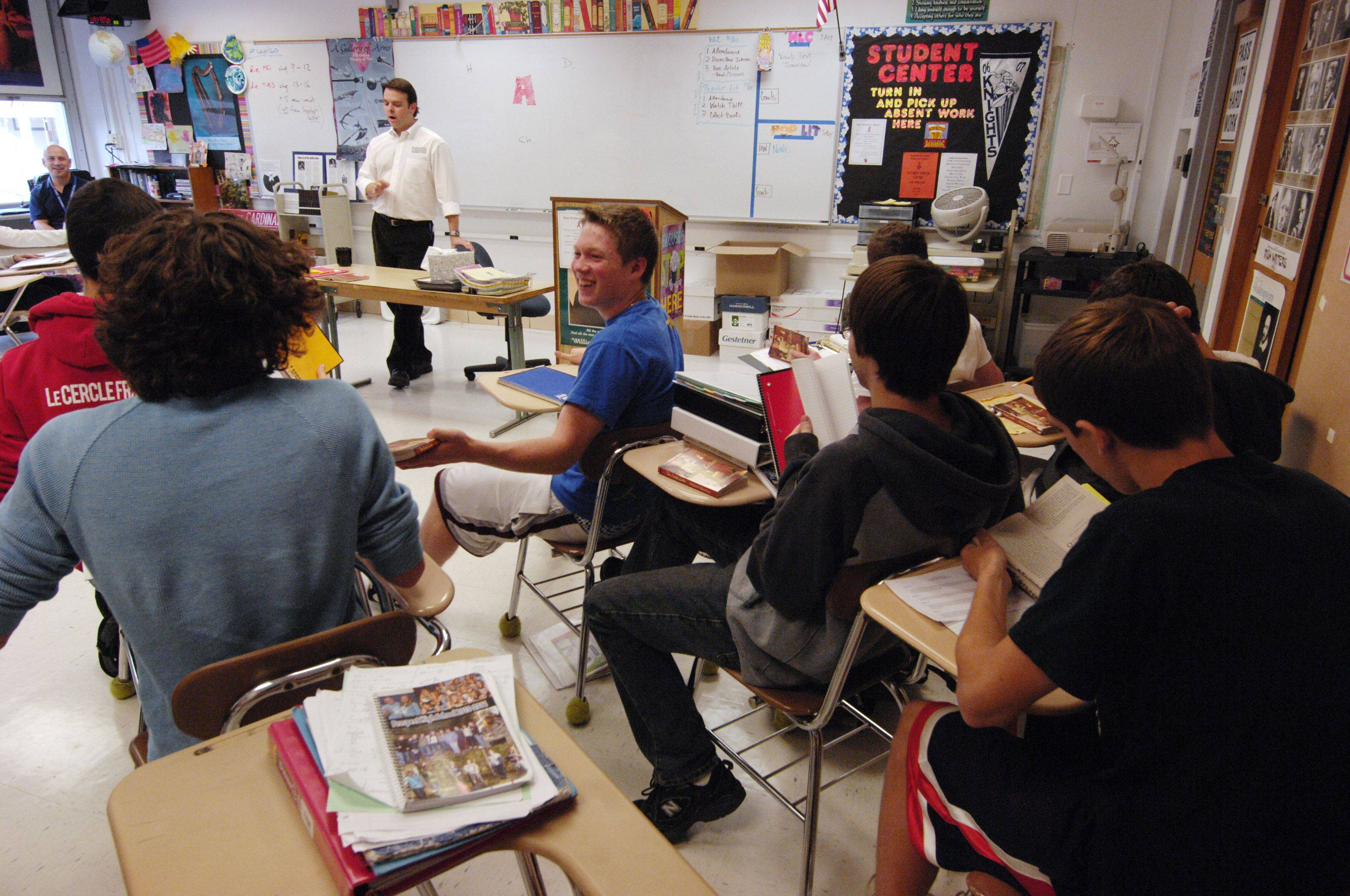 Prospect High School AP english teacher Matt Love teaches a class. A year after failing to meet No Child Left Behind standards, Prospect this year became the only Northwest suburban high school to earn a passing grade.