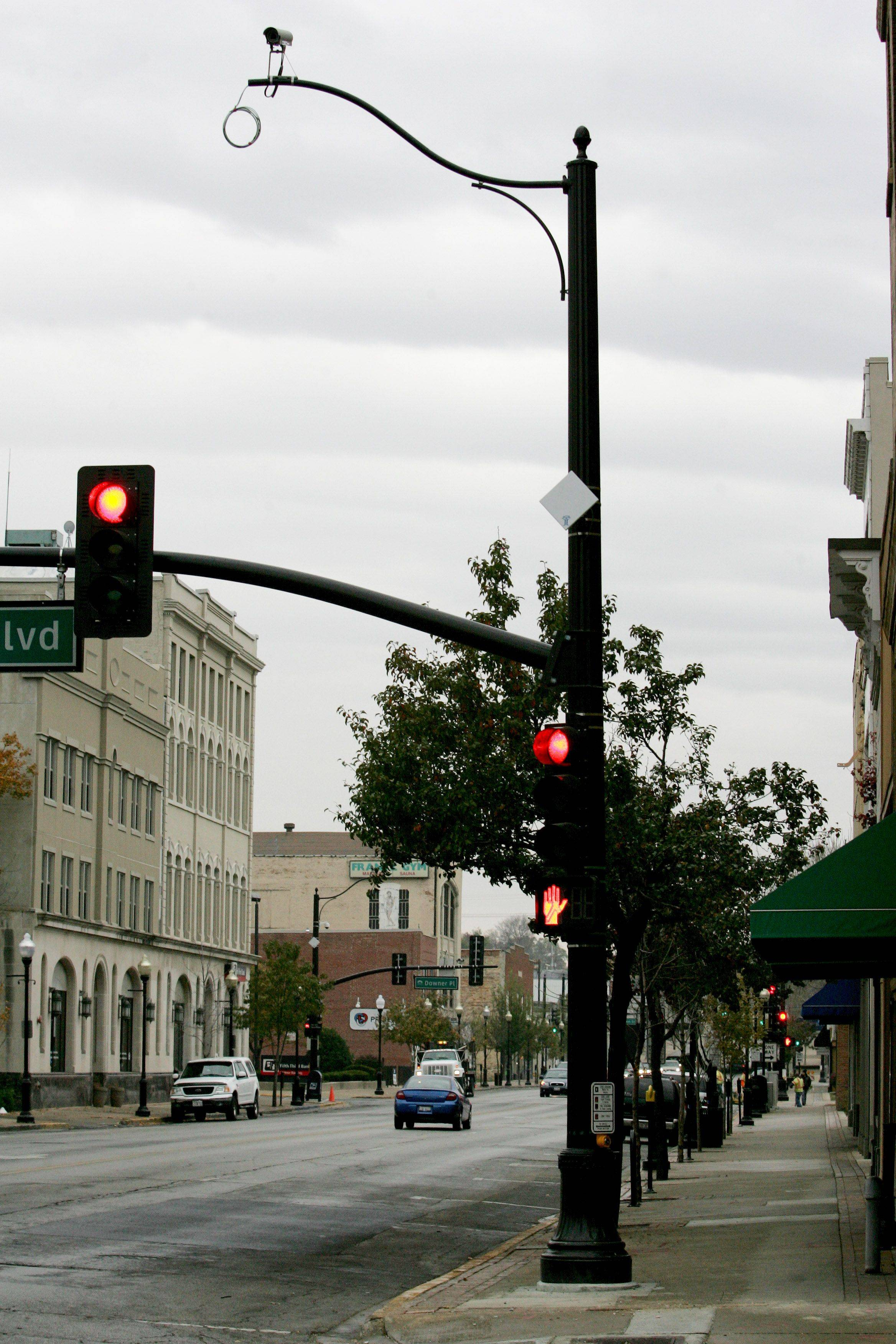 New traffic signals at Galena and Broadway feature monitoring cameras that will feed into a new traffic control center in city hall.