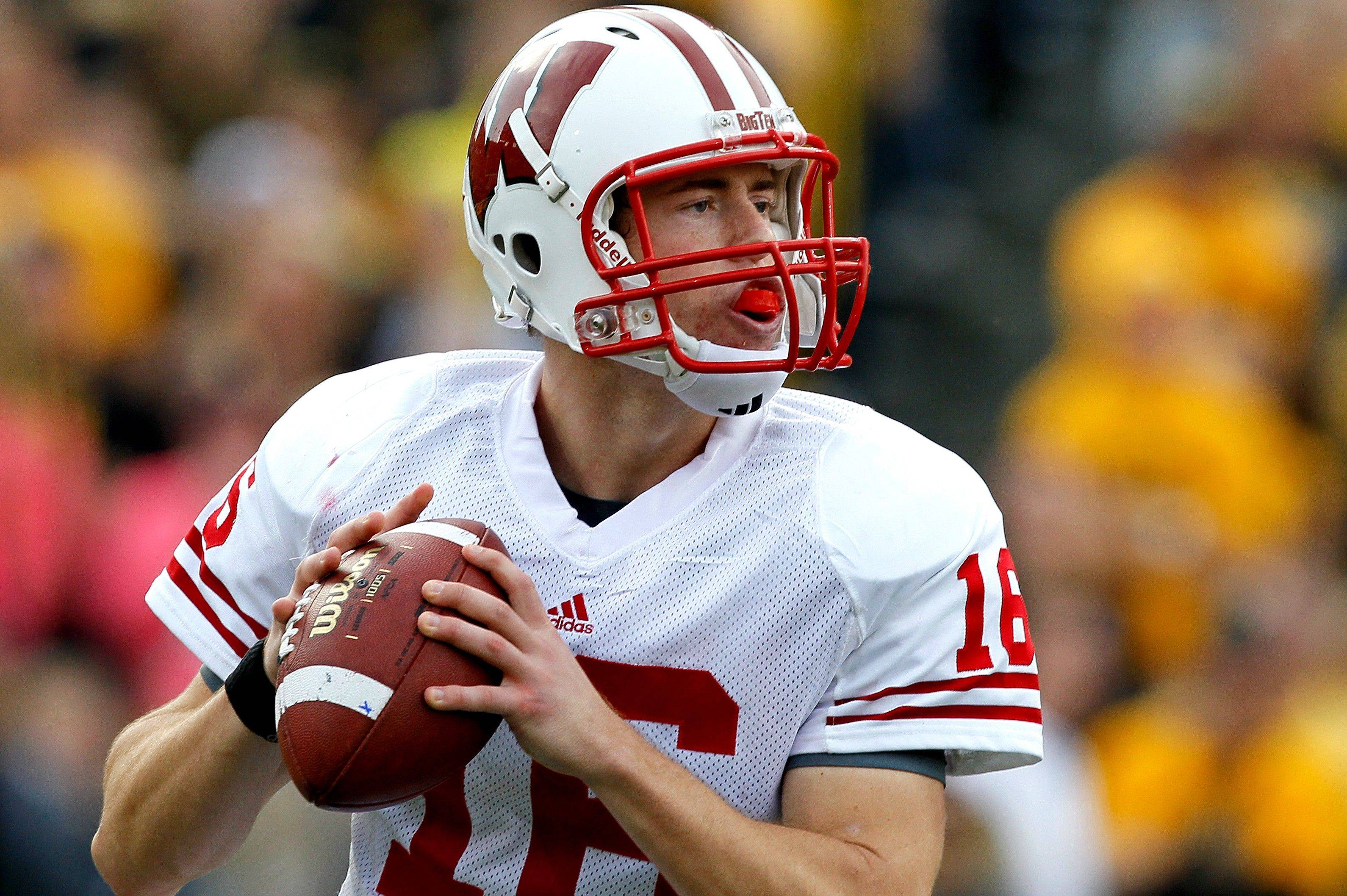 Scott Tolzien is 20-4 as a starting quarterback for Wisconsin since he won the job.