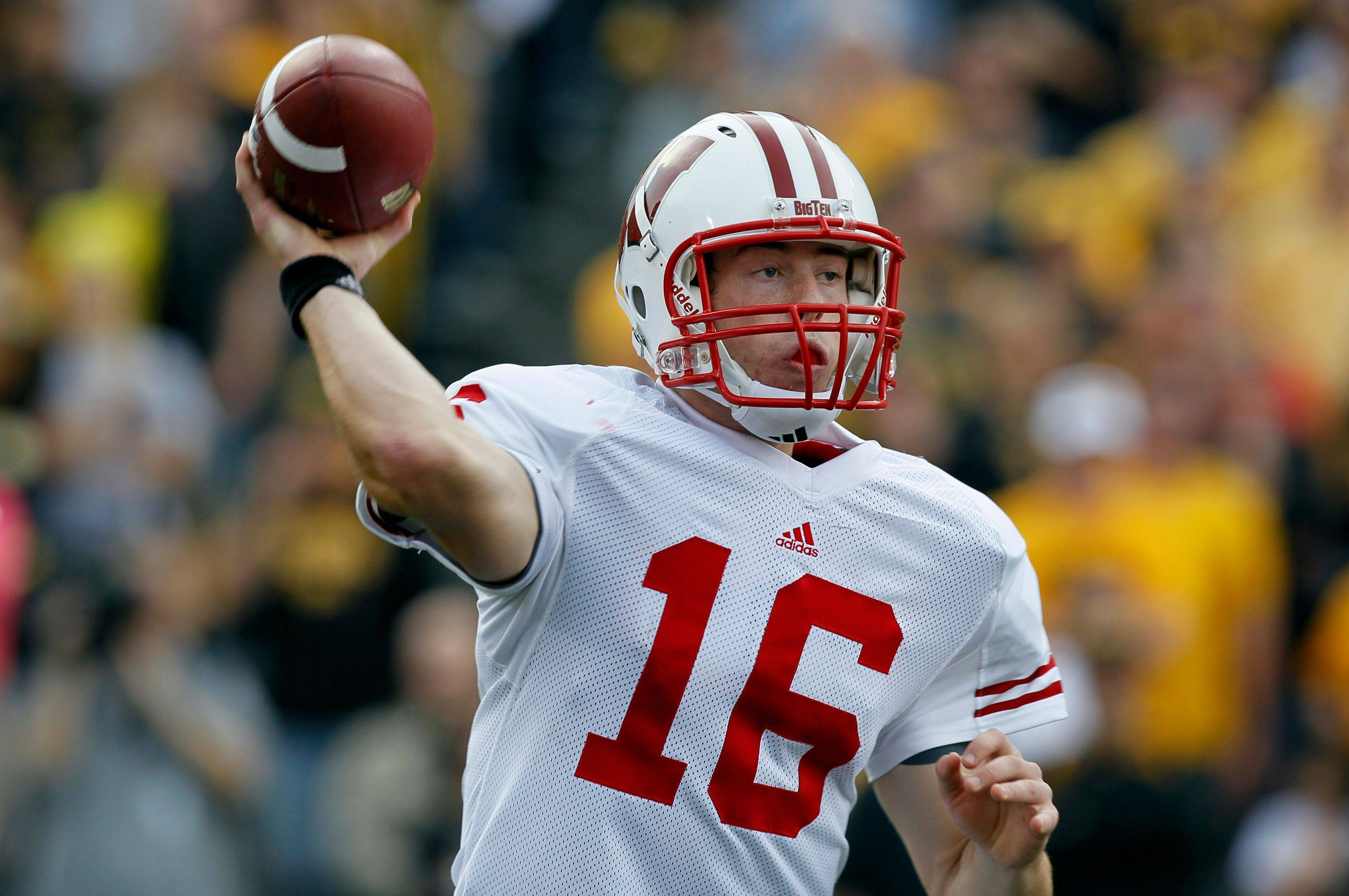 Wisconsin quarterback Scott Tolzien, a Rolling Meadows resident, has completed more than 73 percent of his passes this season.