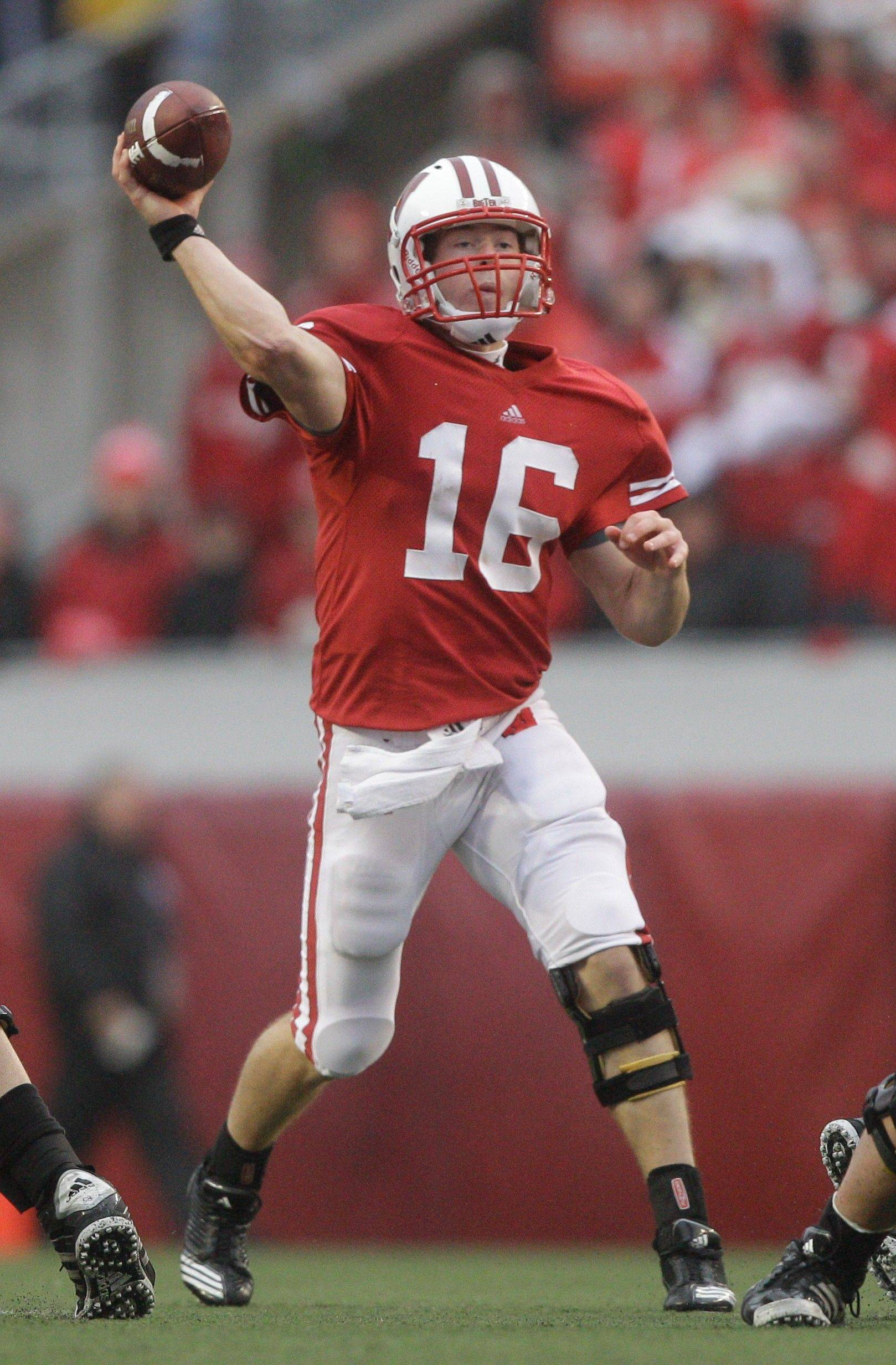 Wisconsin coach Bret Bielema says quarterback Scott Tolzien is a winner on and off the field for the Badgers.