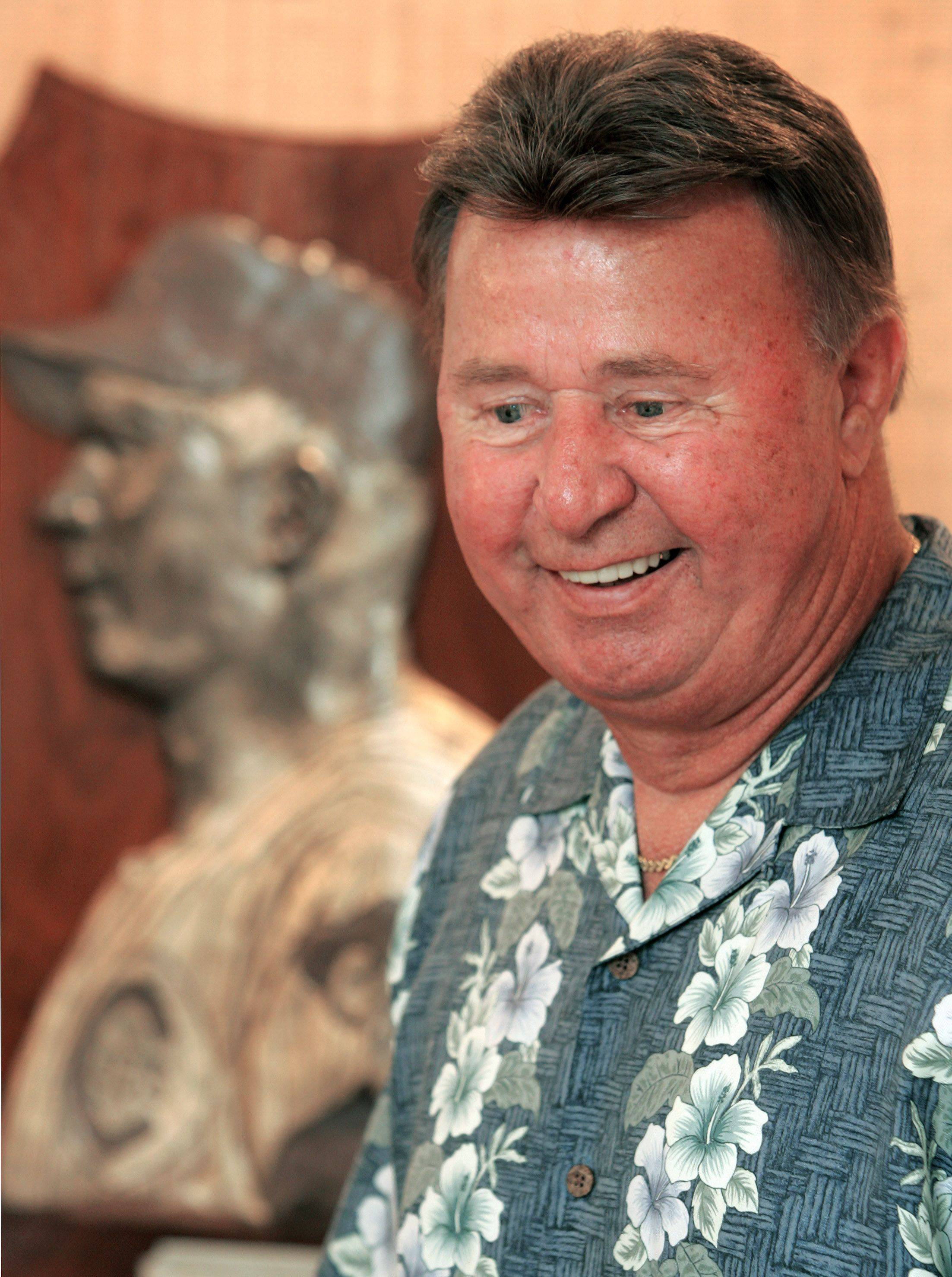 Chicago Cub radio broadcaster Ron Santo at his Bannockburn home in 2006.