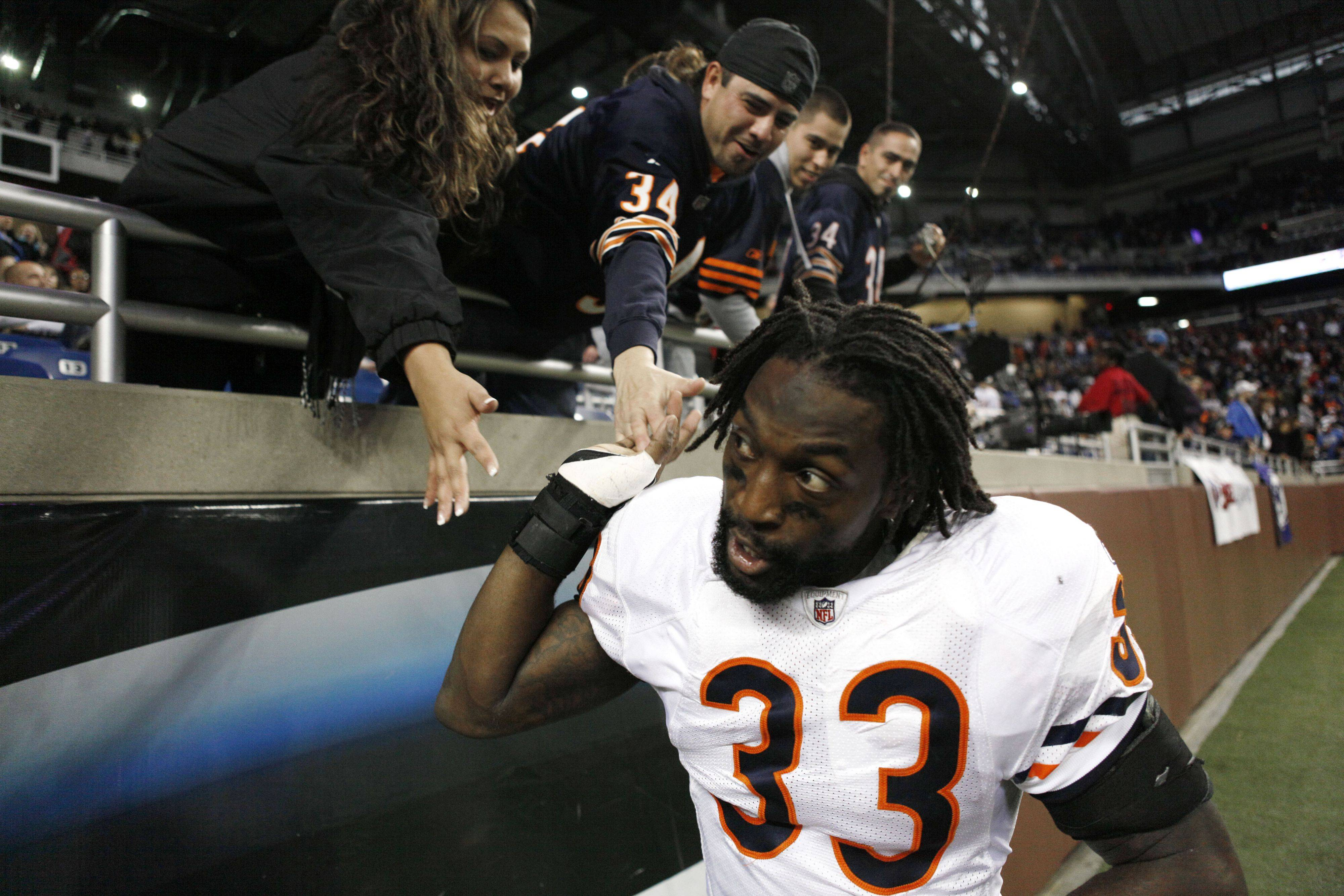 Bears' defense gets job done in second half