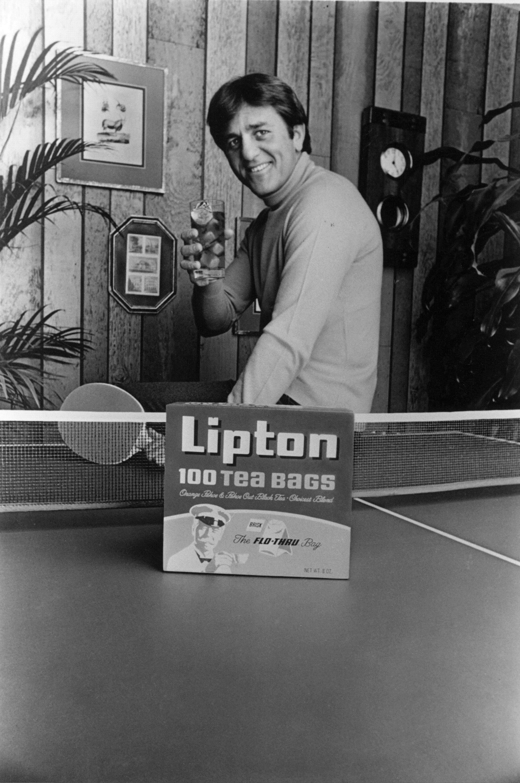 "This undated photo shows Lipton Tea spokesman Don Meredith, Meredith, one of the most recognizable figures of the early Dallas Cowboys and an original member of ABC's ""Monday Night Football"" broadcast team, died Sunday, Dec. 5, 2010, in Santa Fe, New Mexico. He was 72."
