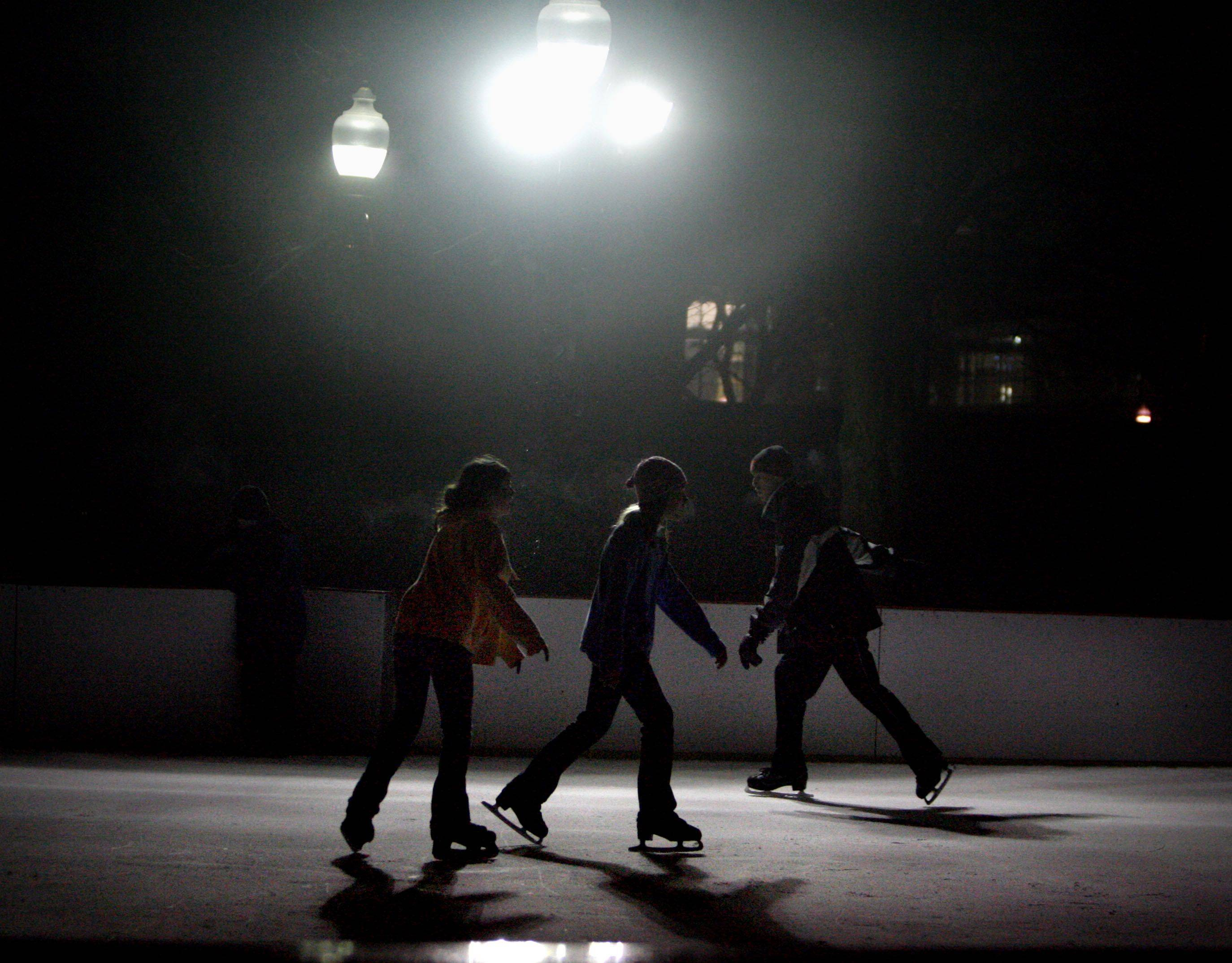 Cold weather means the return of the outdoor rink in Elgin.