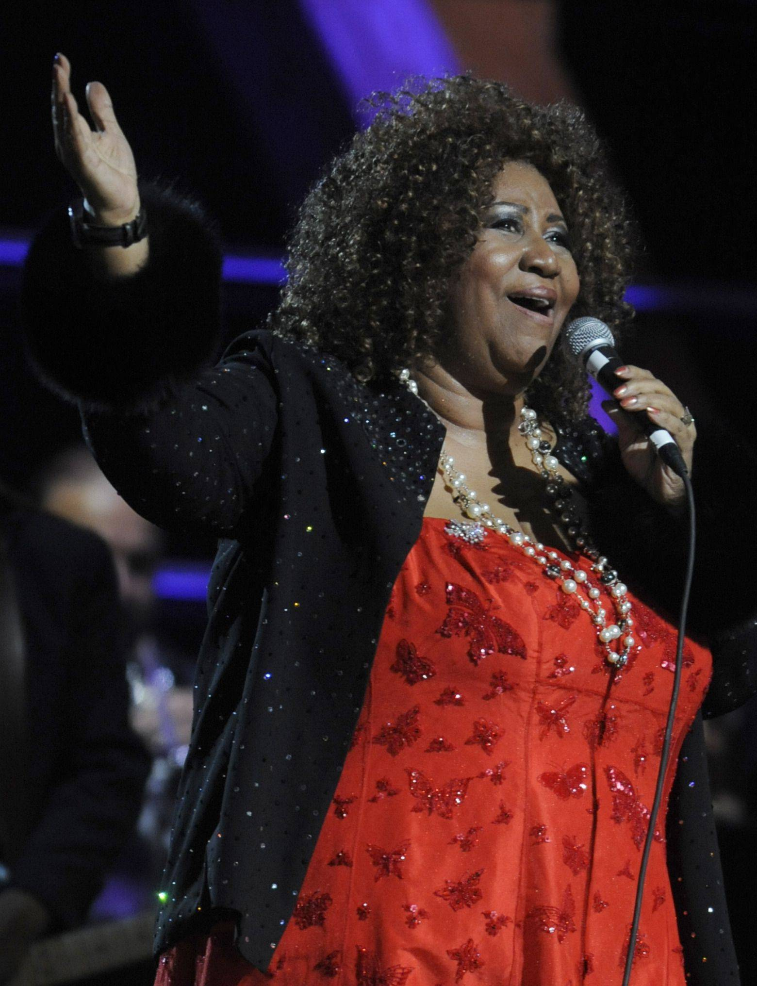 In this Oct. 30, 2009 file photo, Aretha Franklin performs at the 25th Anniversary Rock & Roll Hall of Fame concert at Madison Square Garden in New York.