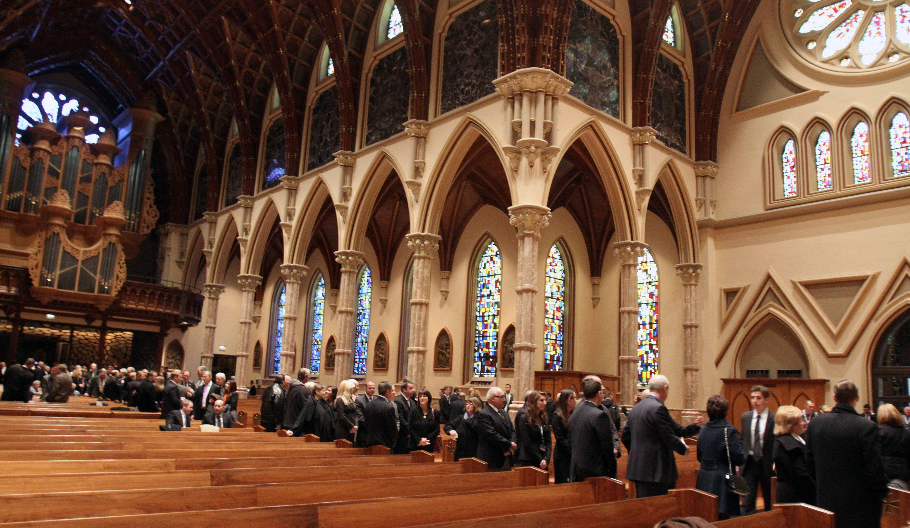 Hundreds were in line inside of Holy Name Cathedral for Chicago Cubs legend Ron Santo's private visitation.