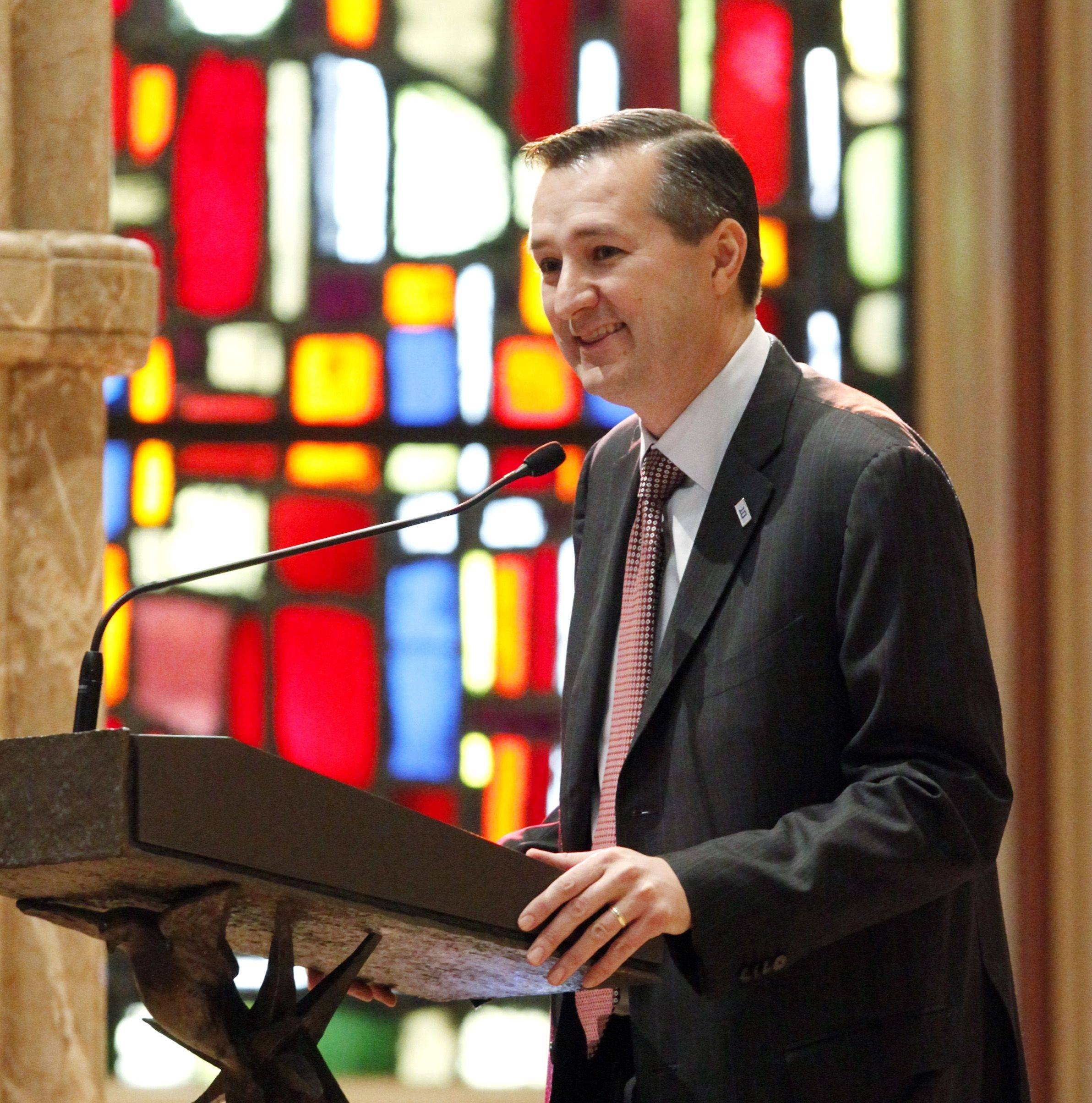 Tom Ricketts, Chairman of the Chicago Cubs, eulogizes legendary Cubs' third baseman Ron Santo during funeral services at Holy Name Cathedral.