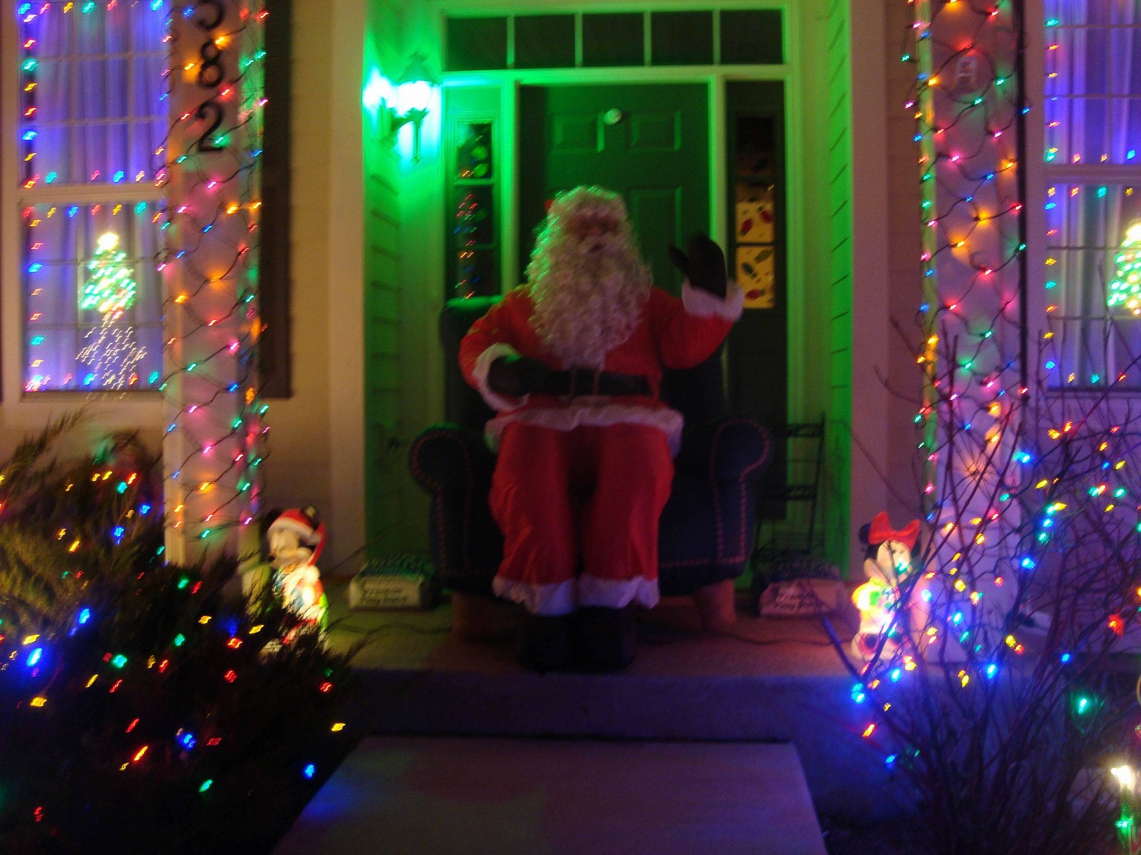 An animated Santa greets guests at the Hurley home at 582 Wexford Drive in Elgin.