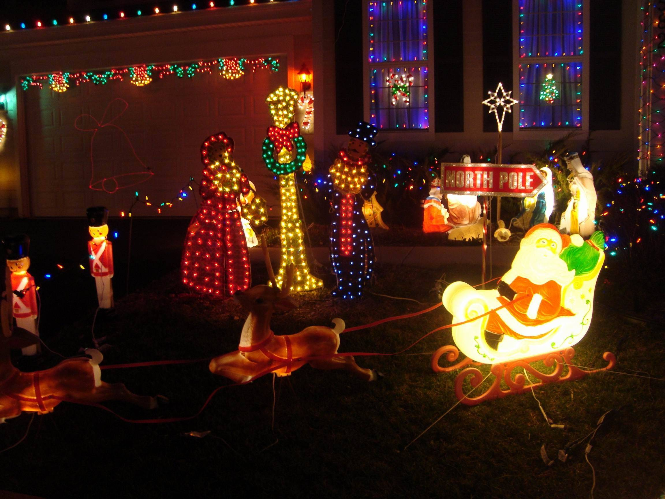 Brian Hurley's display at 582 Wexford Drive in Elgin uses 8,350 lights.