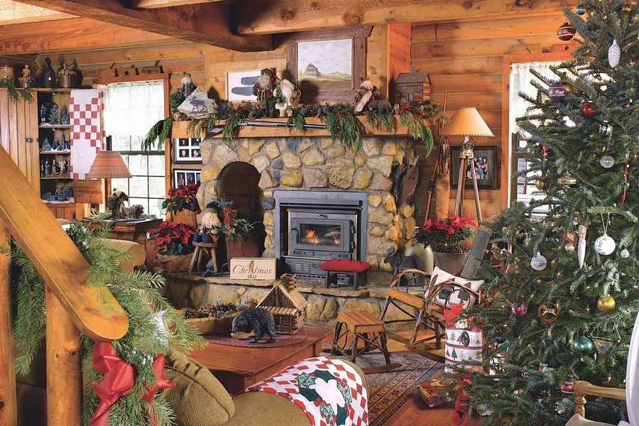 Log Cabin Christmas.Couple Makes Spacious Log Cabin Cozy For The Holidays