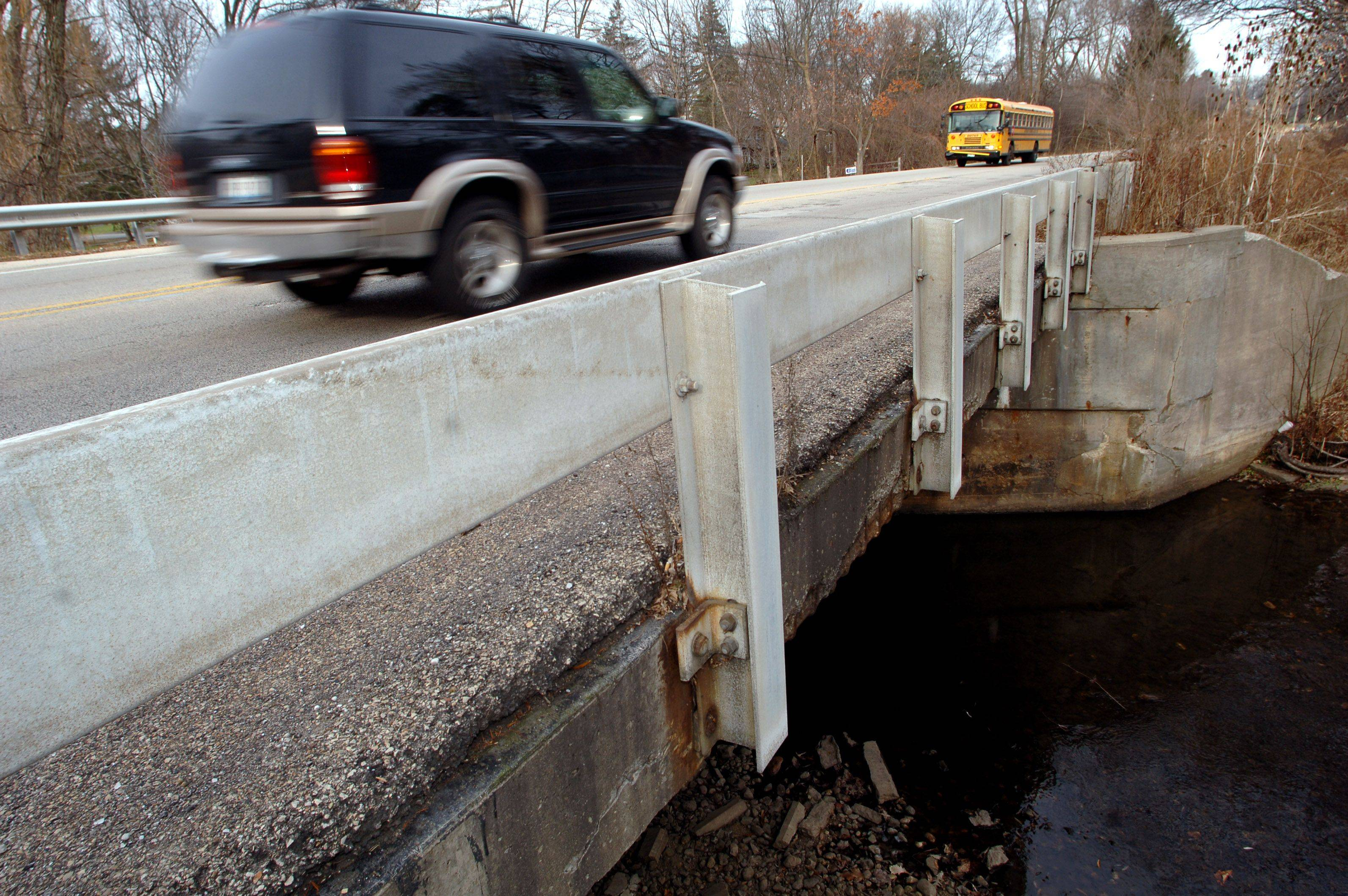 A structural evaluation of this bridge carrying Milwaukee Avenue over a small stream in Libertyville has determined the structure should be a high priority for the Illinois Department of Transportation to replace it.