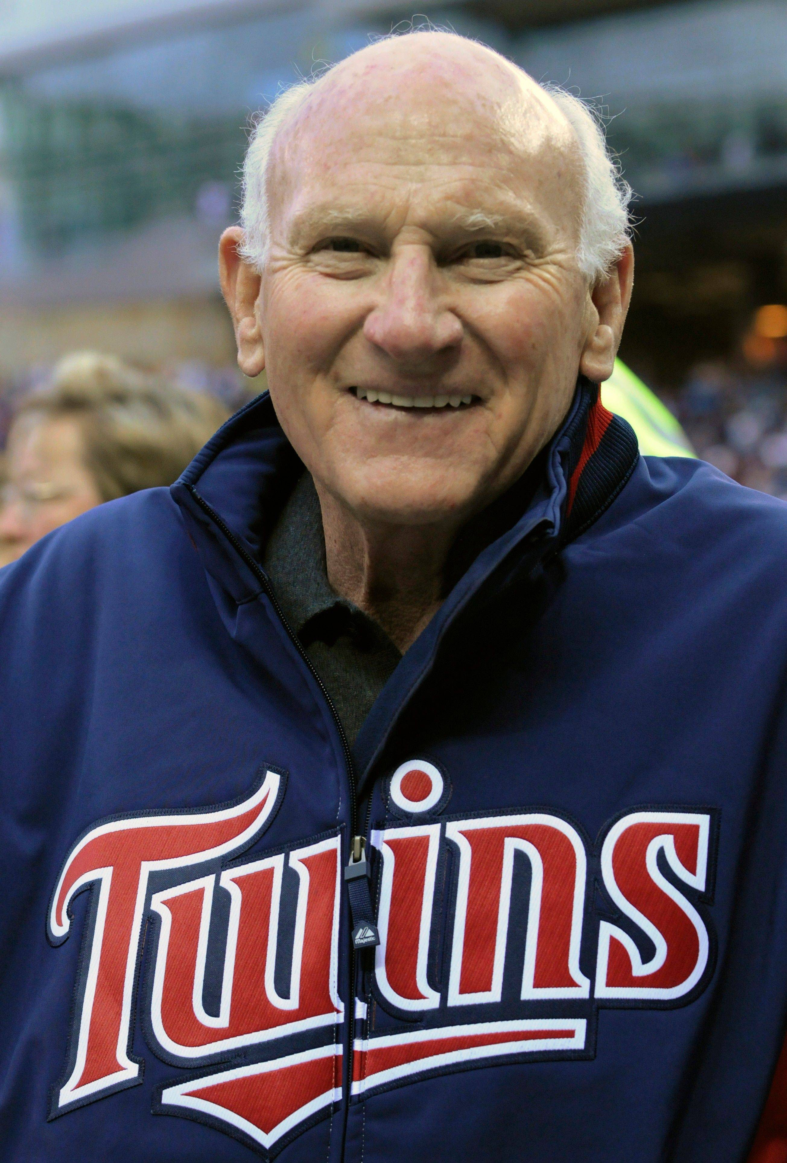 Former Minnesota Twins player and Hall of Famer Harmon Killebrew is receiving treatment at the Mayo Clinic after being diagnosed with esophageal cancer.
