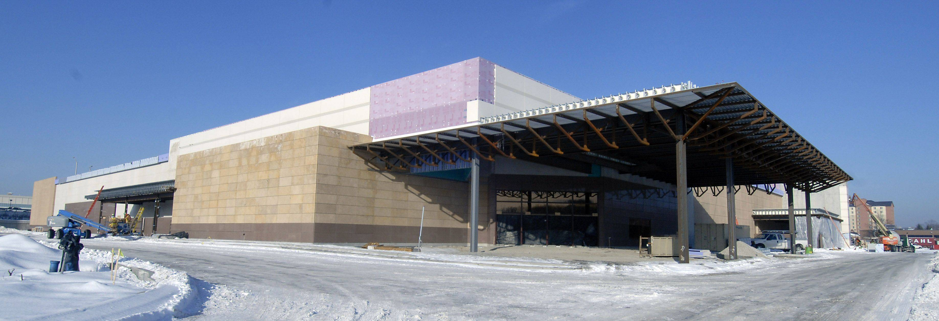 The facade of the Des Plaines casino will soon see the many patrons lining up to have a little fun.