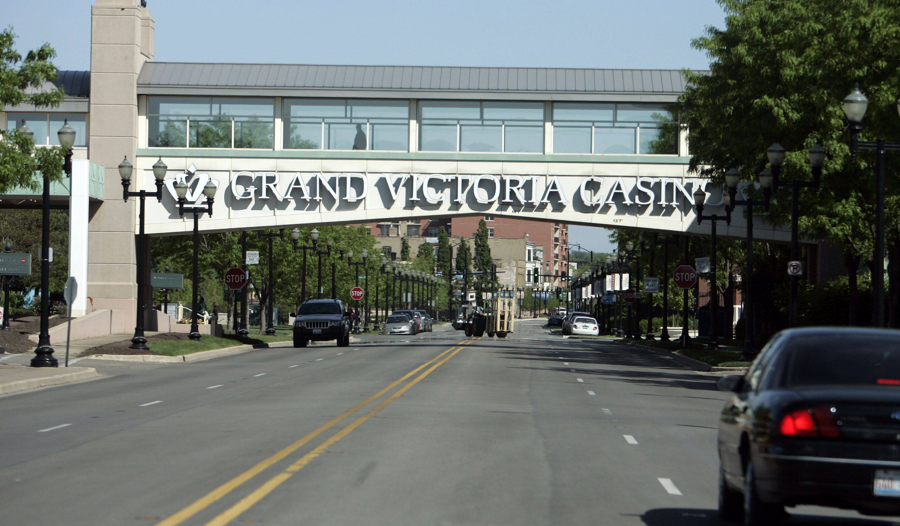 Under the gambling expansion legislation being considered by lawmakers, existing casinos each would be allowed to add 800 new spots to gamble. But with their revenues from their current offerings already dropping and the rights to those spots costing big bucks, existing casinos might take a pass on expanding, an industry representative said Thursday.