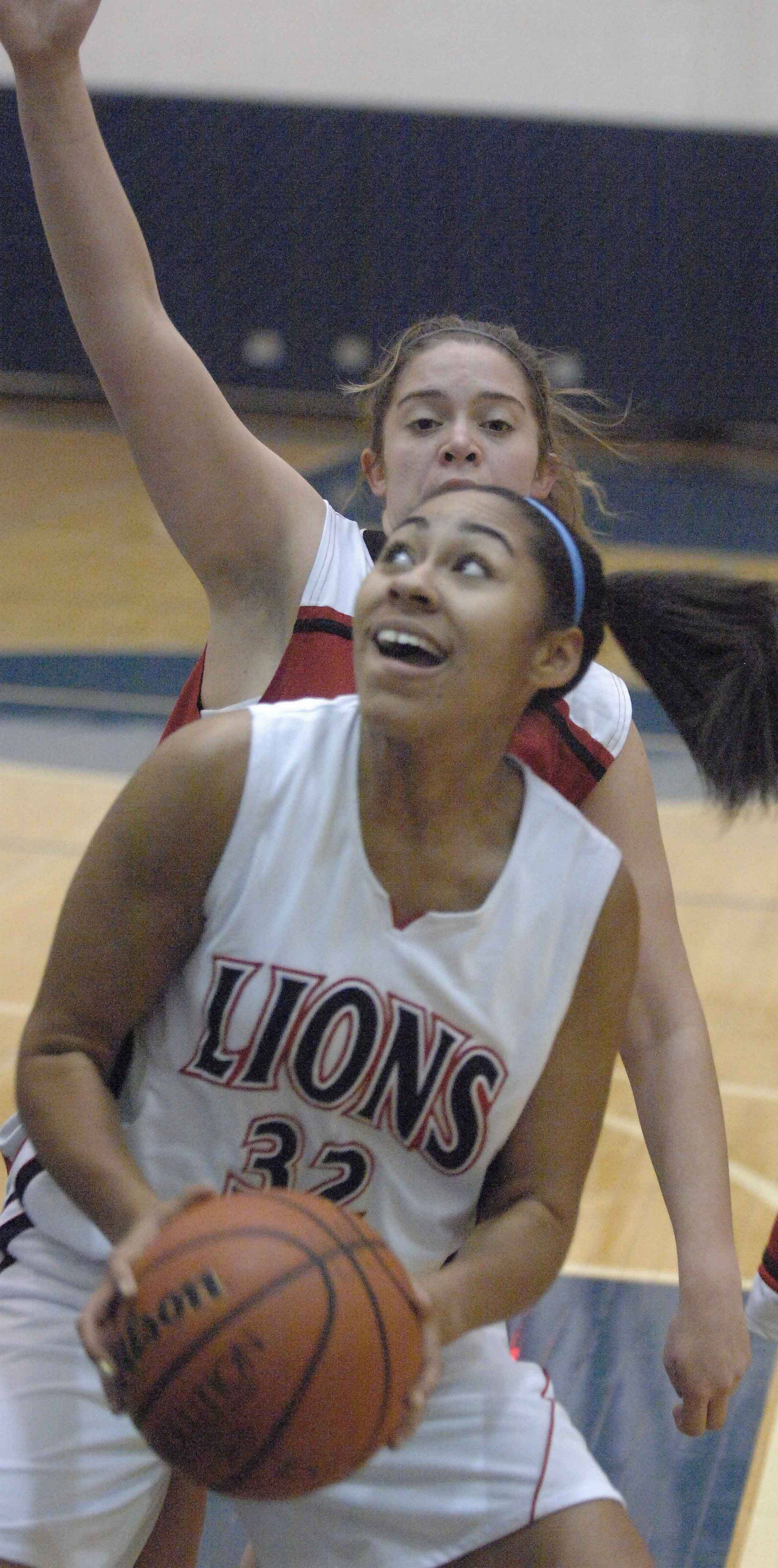 Darian Payne of Lisle looks to the net during the Timothy Christian at Lisle girls game Wednesday.