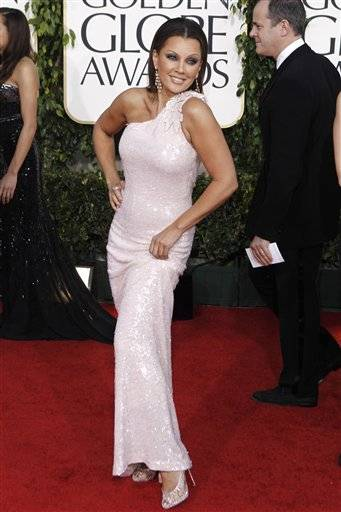 Vanessa Williams arrives at the Golden Globes.