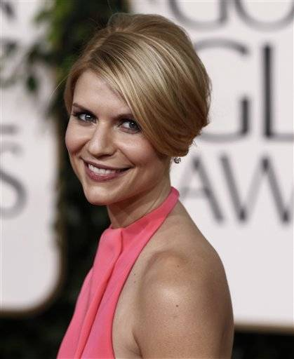 Actress Claire Danes arrives at the Golden Globe Awards.