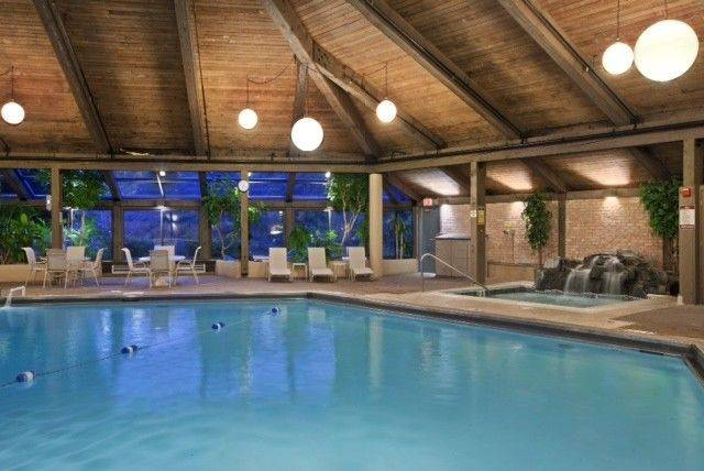 After hitting the slopes at Villa Olivia in Bartlett, you can take a dip in the pool at Hilton Chicago/Indian Lakes Resort in Bloomingdale.