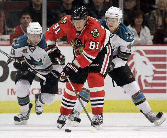 Whether he's making a pass or protecting the puck, the Blackhawks say no one is better than Marian Hossa. But Hossa admits he needs to score more to help the Hawks get rolling.
