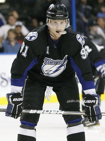 2. Steven Stamkos, Tampa Bay He�s scoring goals like Brett Hull used to, a league leading 38 at the break to go with 67 points that also leads the NHL. Fifteen of his goals are on the power play.