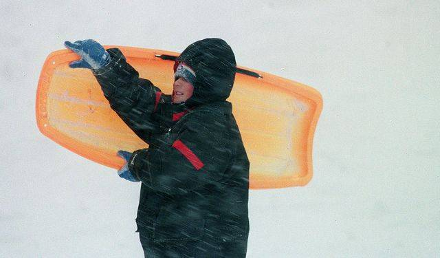 Fighting the wind in Rolling Meadows during the blizzard of 1999.