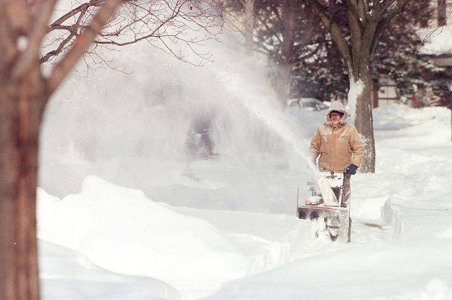 Kicking up some snow in Palatine after the blizzard of 1999.