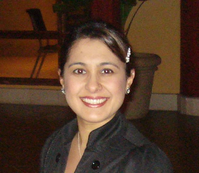 Nadia Sheikh, running for Carol Stream library