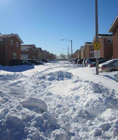 Niles townhouse residents stuck waiting for plows