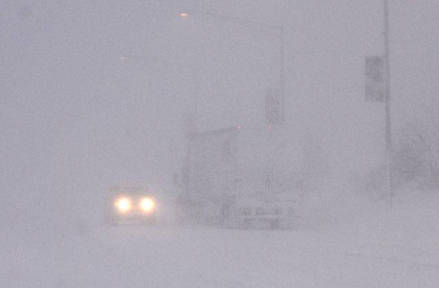 Whiteout conditions still exist on Northwest Highway east of Arlington Heights Road as the blizzard continues Wednesday in Arlington Heights.