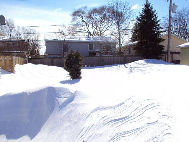 Doug Kearny of Round Lake Beach shares this shot of 4- and 5-foot high snow drifts.