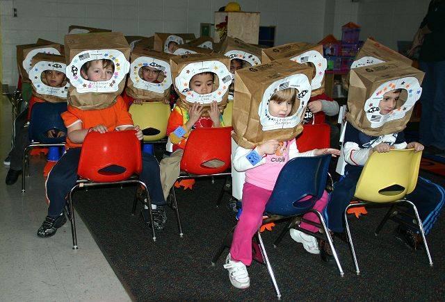 astronaut activities for pre k - photo #21