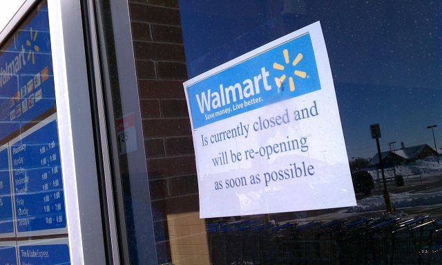 400 Employees concerned about Walmart closure