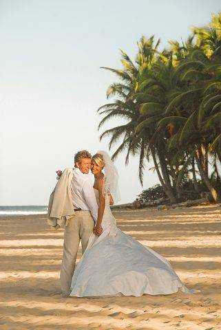 Jodi and George Pfeiffer got married in Punta Cana of the Dominican Republic on Jan. 15 but will celebrate with 150 of their closest friends and family Saturday in Streamwood.